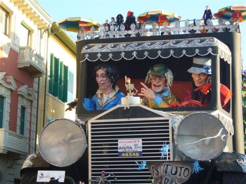 Carnevale di Viareggio 2007