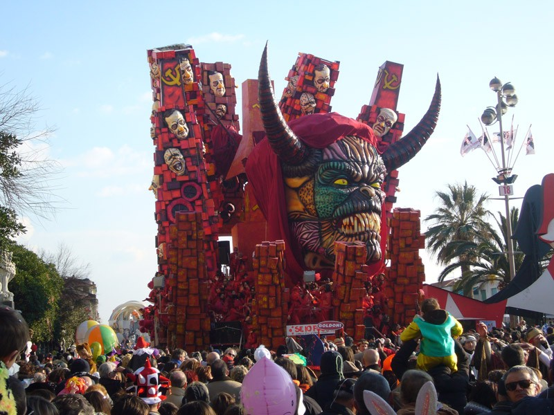 Carnevale di Viareggio 2009