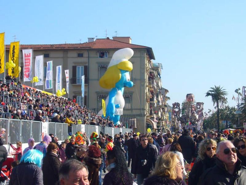 Carnevale di Viareggio 2011